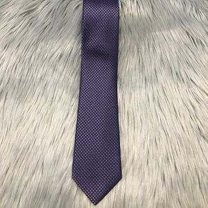 Calvin Klein Mens Purple Tie 100% Silk